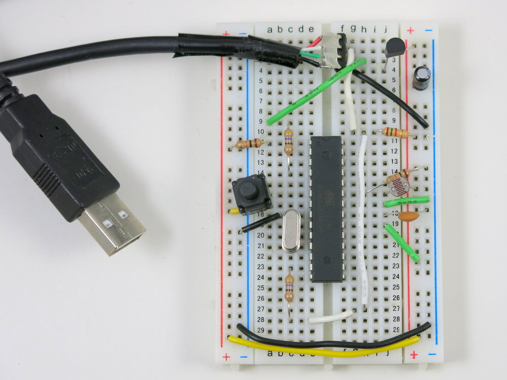 Hid Class Usb Serial Communication For Avrs Using V Debug Cable Schematic M328 Vusb Img 3287