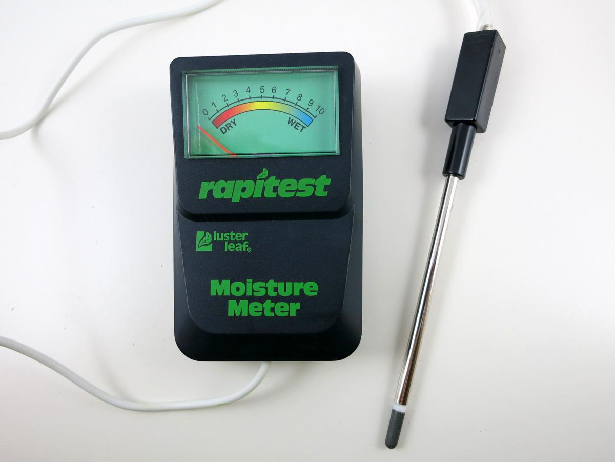 Soil Moisture Probe : Reverse engineer a cheap wireless soil moisture sensor